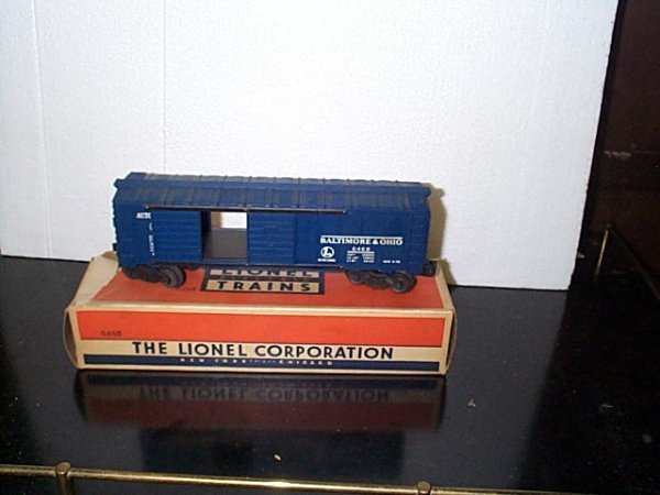 11: Lionel Trains Baltimore and Ohio automobile car No.