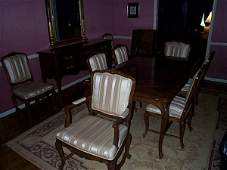 112: Drexel Heritage French style dining room set in ex