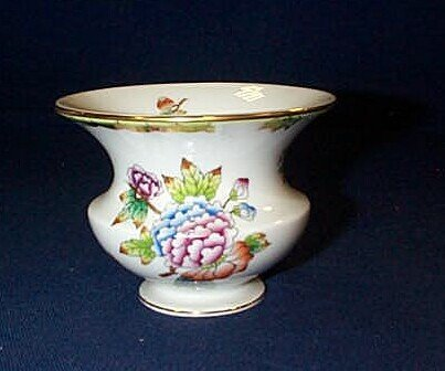11: Herend Rothchild small vase measures 3 inches tall