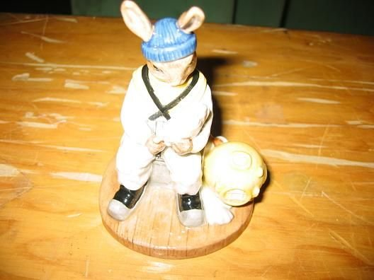 14H: Royal Doulton Bunnykins Deep Sea Diver figurine, B