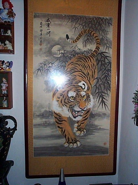 218: Monumental, Oriental watercolor on silk painting.