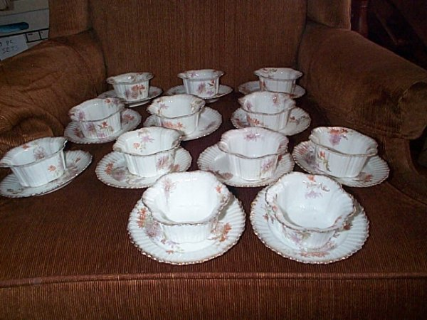 2023: Lot of 12 dessert bowls with underplates.  Measur