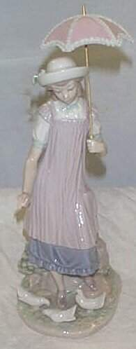"""Lladro number 5156 """"Susan and the Doves"""", retired"""