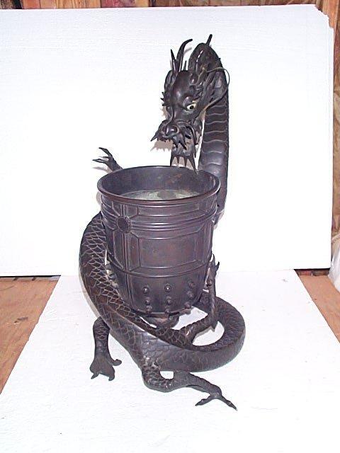 500: Monumental antique Oriental bronze vase with drago