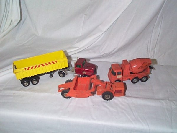513: Lot of 3 Matchbox Construction Vehicles including
