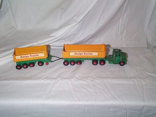 514: Matchbox King Size K-16 Dodge Tractor with pull tr