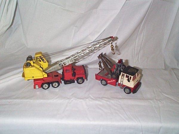 515: Lot of 2 Corgi Major toys including Ford wrecker m