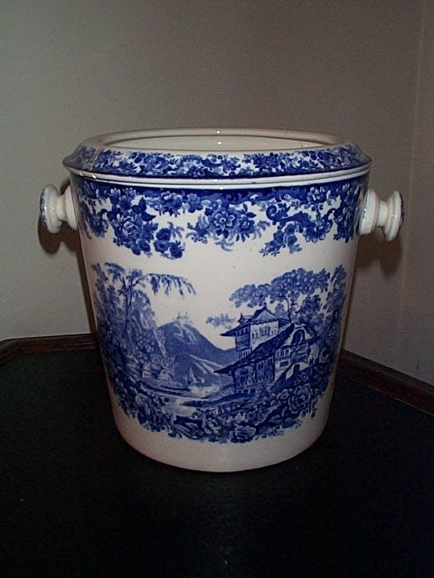 813: Signed Minton England washbowl with insert.  Inser