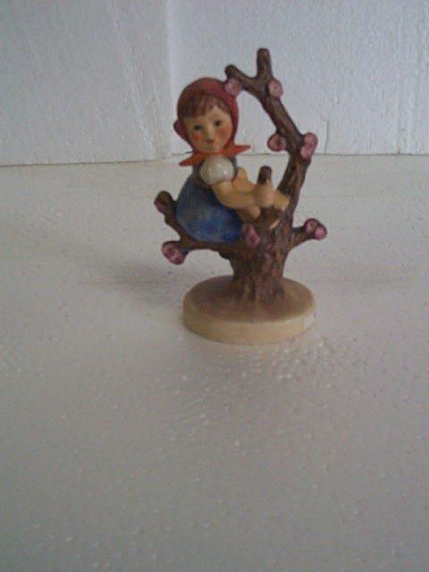 9: Hummel figurine #141 3/0 - Goebel B mark.  Artist si