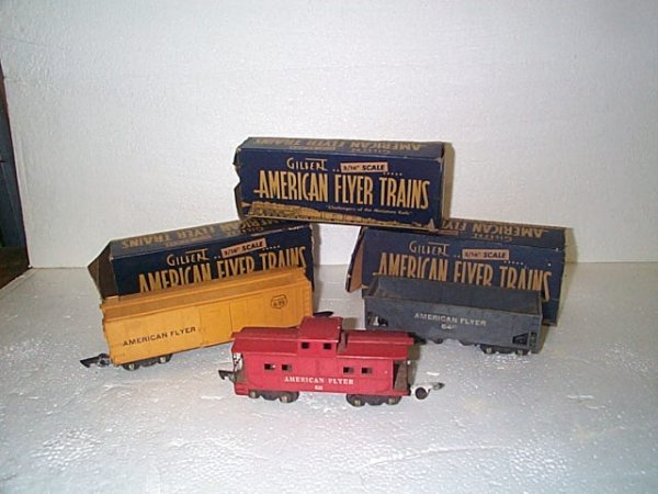 502: Lot of 3 Gilbert American Flyer freight trains, in