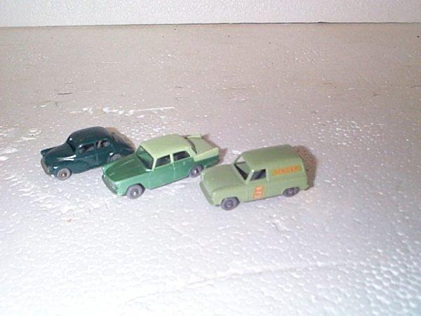 507: Lot of 3 vintage Matchbox cars including #59 Ford