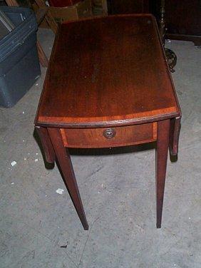 Mahogany Drop-leaf Pembroke Style Table. Local Del