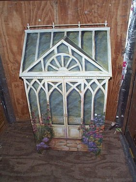 Victorian Home Style TV Cabinet With Flip-top Feat
