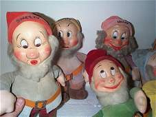 836: lot of 7 hand painted felt dwarf dolls in very goo