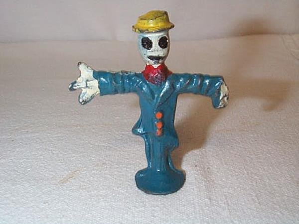22: Scarecrow Lead figurine, measures 2 1/2 in. tall, i