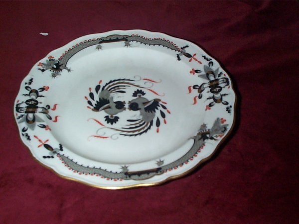 377: Meissen cabinet plate with birds measures 8.5 inch