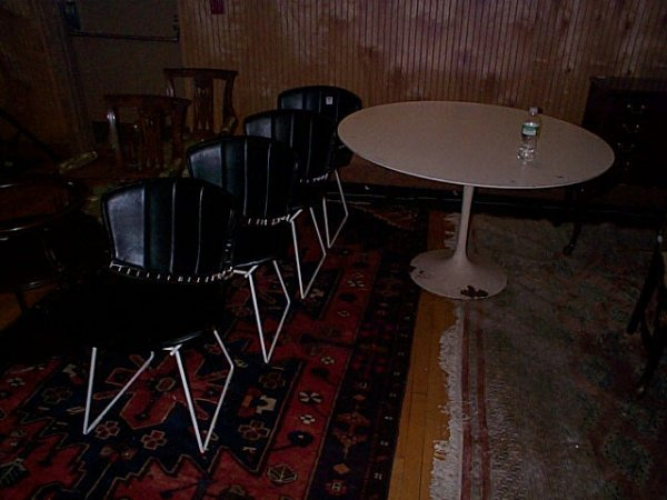 403: signed Knoll tulip base kitchen table with (4) sig