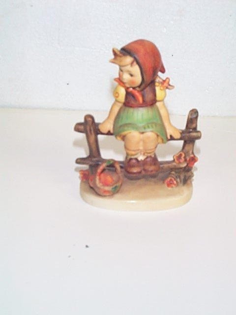 1: Hummel figurine number 112/I  Goebel Bee Mark  Trade