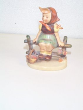 5: Hummel figurine number 112 3/0  Full Bee mark  Trade