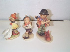 11: Lot of three Hummel figurines number # 47 3/0  Trad