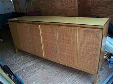 500: Signed Paul McCobb bedroom set, contains a pair of