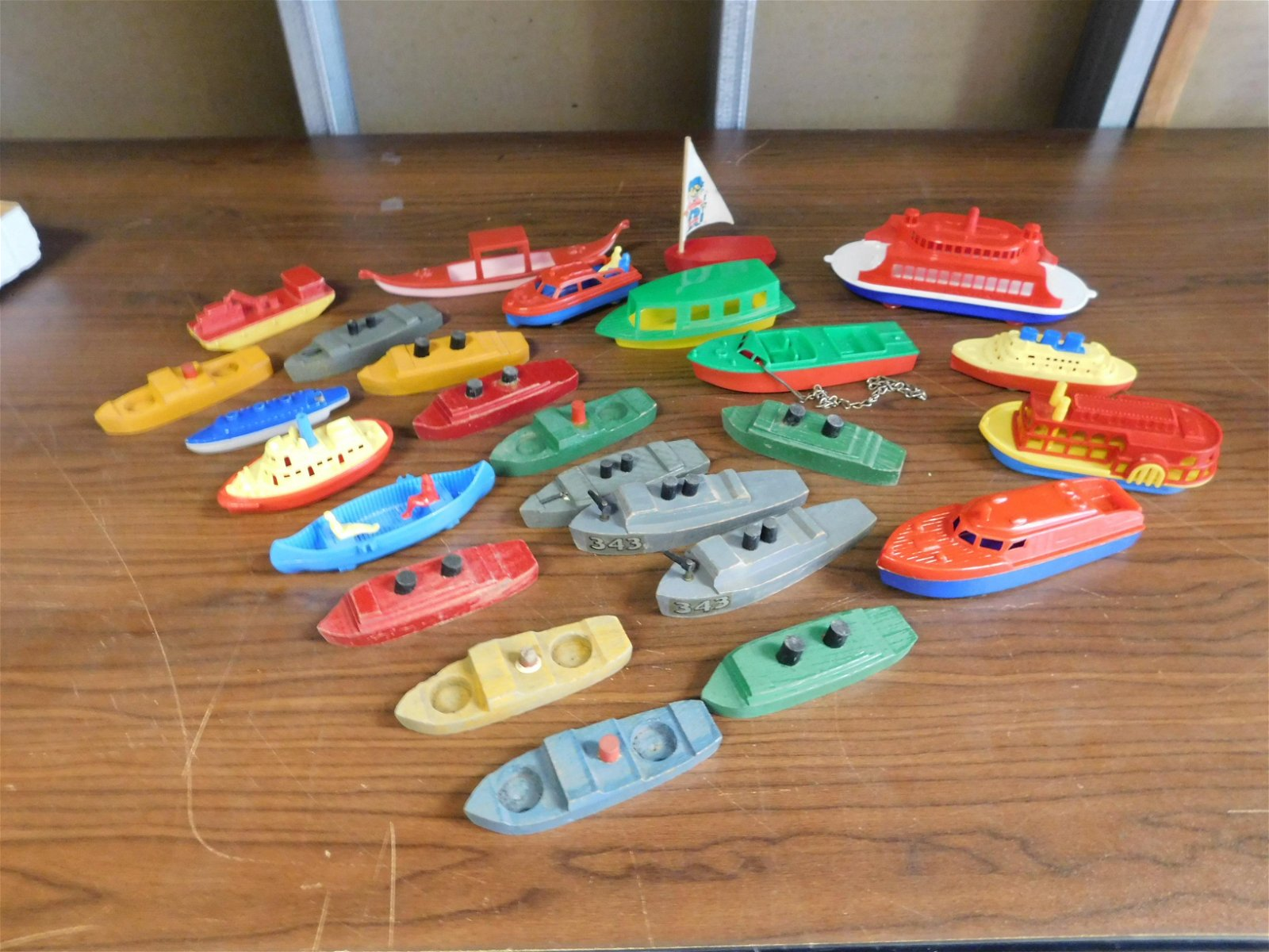 Lot of 1940's Wood and Plastic Boats