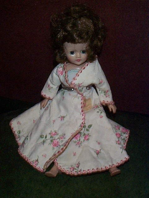 """714: Vintage Vogue doll  Jill  Measures 10"""" tall  Buyer"""