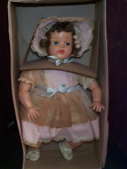 862: Ideal Magic Flesh baby with sleepy eyes  Has crier
