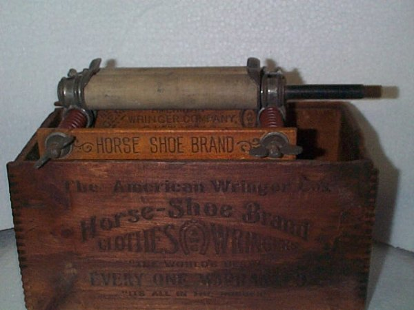 929: The American Ringer Company Horse-shoe Brand cloth
