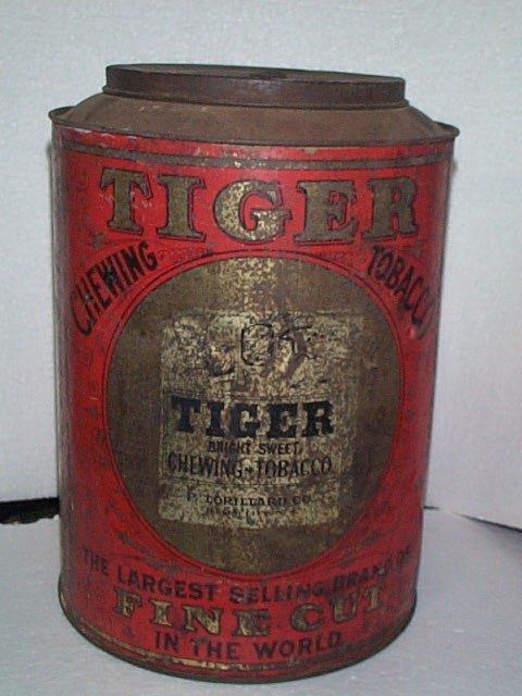 936: Oversized Vintage Tobacco Advertising Tin  Bright