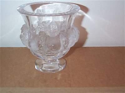 426: Lalique France bird vase