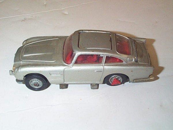 3: Corgi Toys  New James Bond  007  Aston Martin  DB5