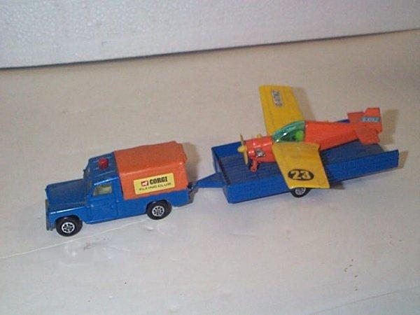 "7: Corgi Toys  Whizzwheels  Land Rover 109"" WB  Comes w"