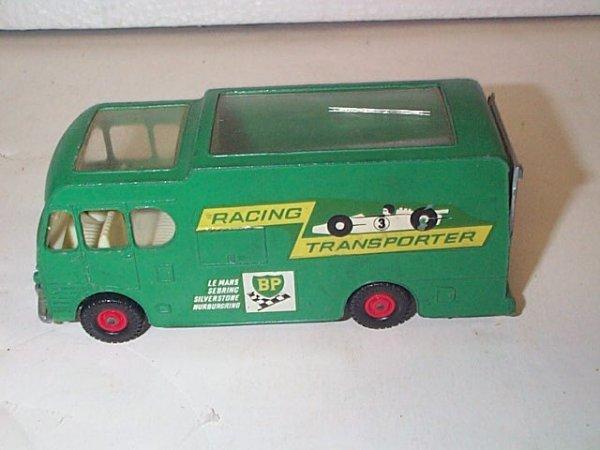 8: Matchbox King Size  K-5  BP Racing car transport  In