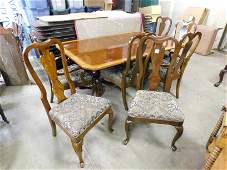 Drexel Heritage Dining Table with 8 Chairs