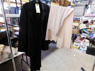 2pcs Peter Cohen Clothing Lot