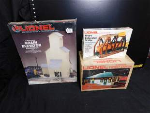 Grouping of Lionel Accessories and Structures