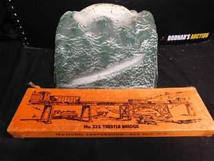 Lionel 332 Trestle Bridge and Paper Mountain Accessory