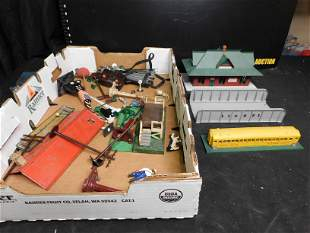 Train Lot with Lionel Station Platform and American