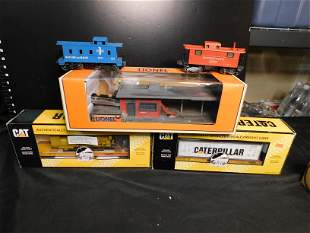 Lot of Lionel and MTH Cars and Accessory