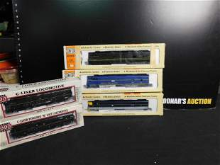 Lot of 3 HO Scale Engines and 2 Engine Shells