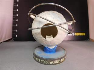 1964 New York World's Fair Ashtray
