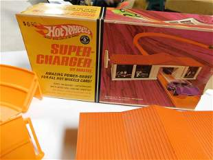 Hot Wheels Super Charger and Dual Lane Speedometer
