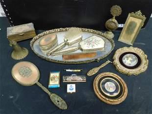 Lot of Vintage Vanity Items