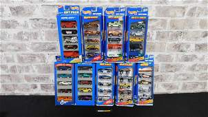 Group Lot of 9 Hot Wheels Gift Pack Sets