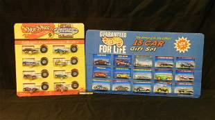 Lot of 2 Hot Wheels Gift Sets