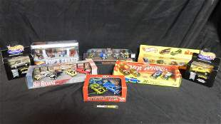 Lot of Hot Wheels in Display Cases including Multi-Car