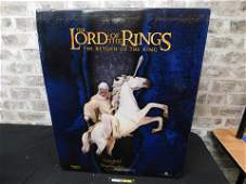 The Lord of the Rings Gandalf with Shadowfax Statue by