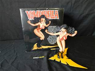 Vampirella Diamond Eye Edition Statue