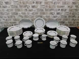 Service for 12 Dinnerware Set